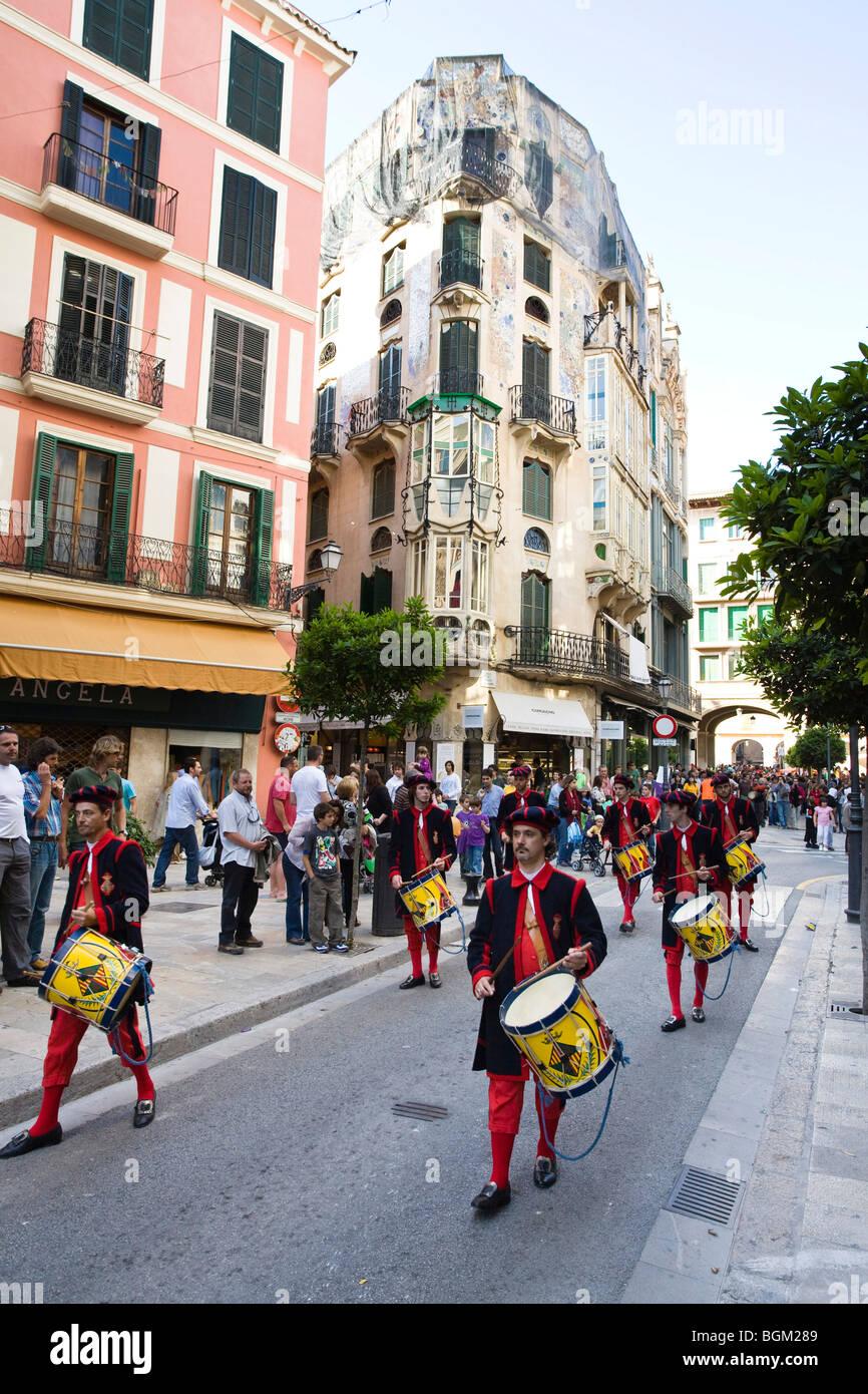 Band in der historischen Stadt von Palma, Mallorca, Mallorca, Spanien, Europa Stockbild