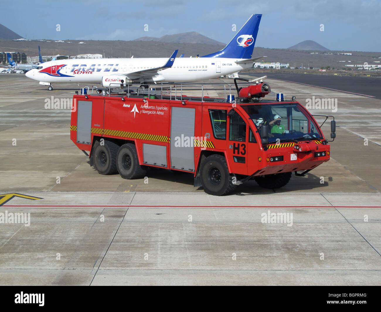 Feuerwehrauto in Arecife Flughafen Lanzarote Stockbild