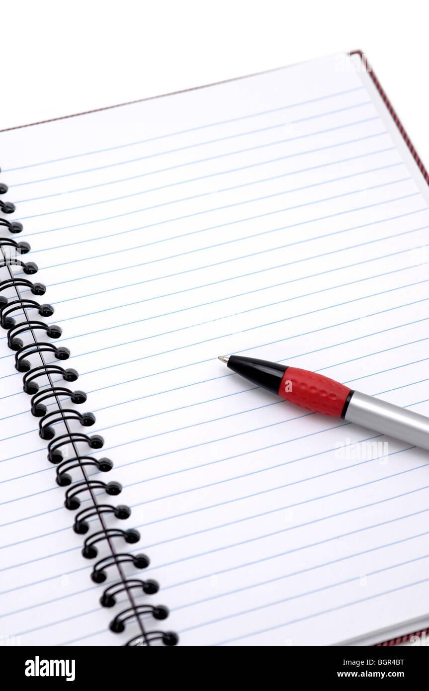 Geöffneten Notizbuch mit Stift Stockfoto