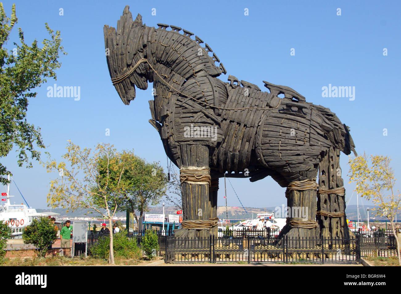 canakkale stadt trojanisches pferd aus holz maquette version verwendet im film troja stockfoto. Black Bedroom Furniture Sets. Home Design Ideas