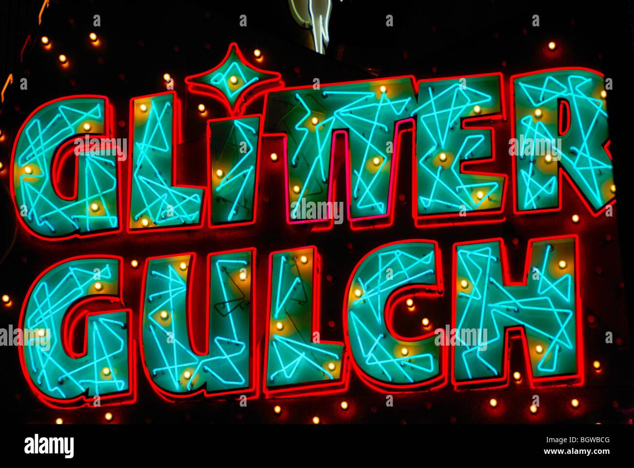 Diese Glitter Gulch Leuchtreklame ist auf einem berühmten Strip-Club auf der Fremont Street, Las Vegas, Nevada. Stockbild
