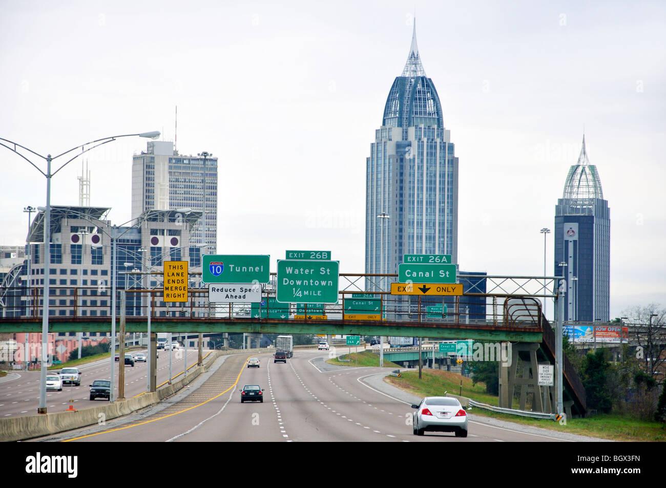 Die Innenstadt Von Mobile Alabama Usa Stockfoto Bild 27618409