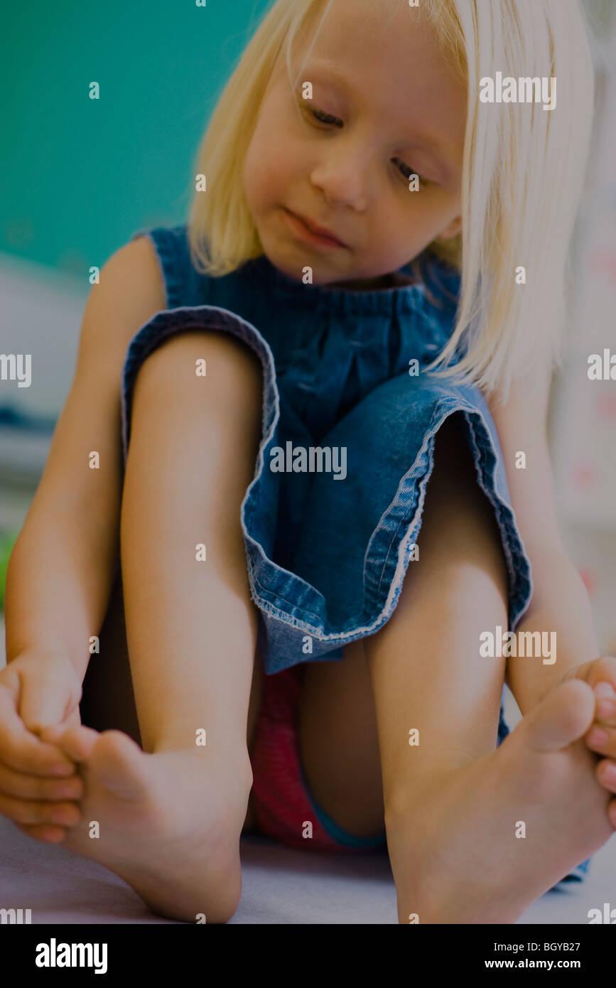 kleines Mädchen upskirt in Schuhgeschäft  Teen Pornos Sex