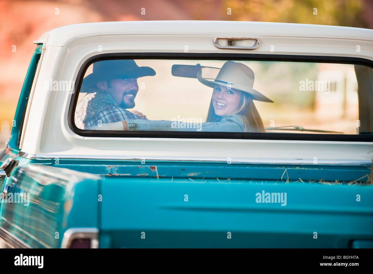 Paar in LKW Stockfoto