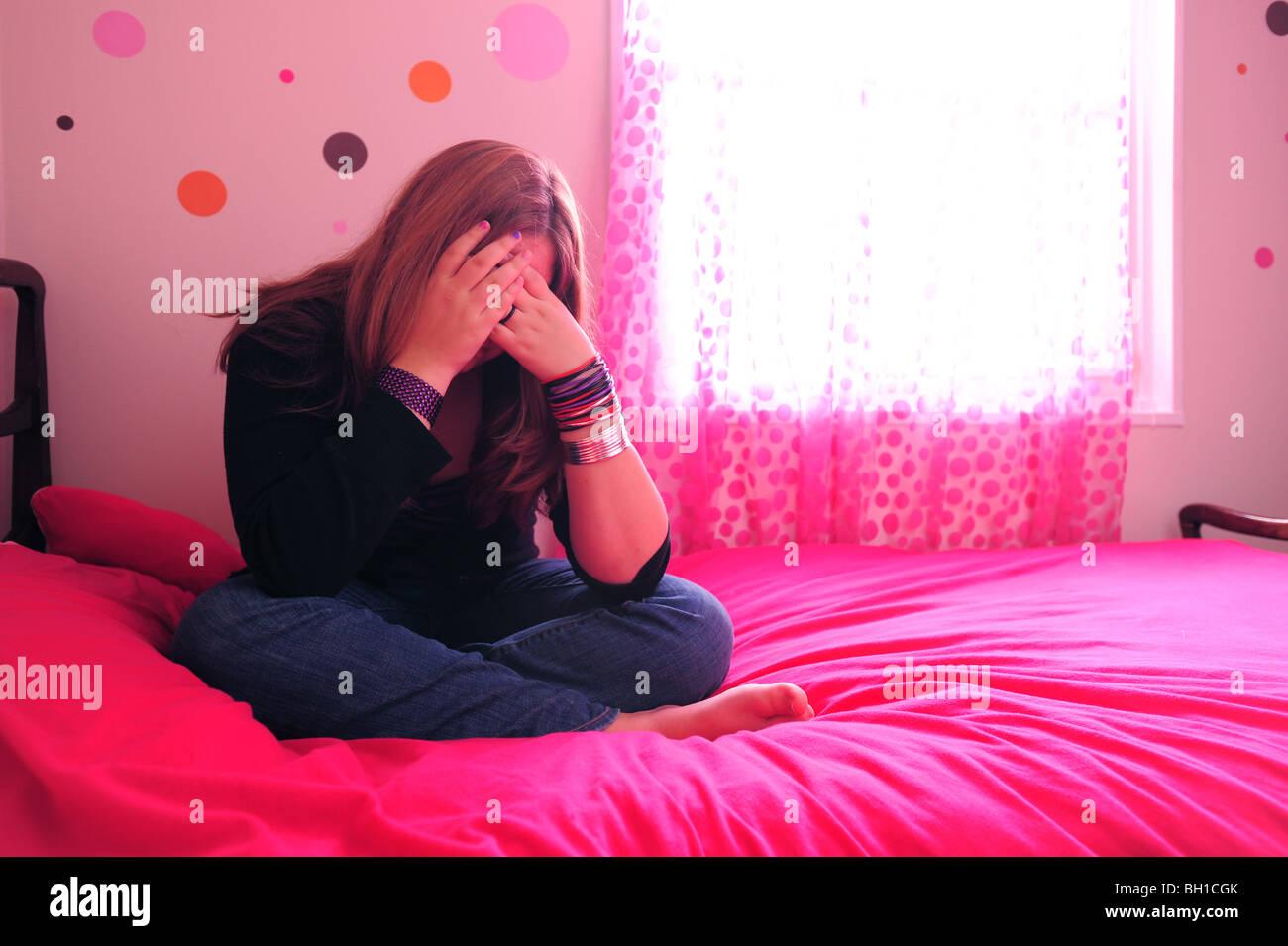 14 Year Old Girl Teenager Stockfotos 14 Year Old Girl Teenager