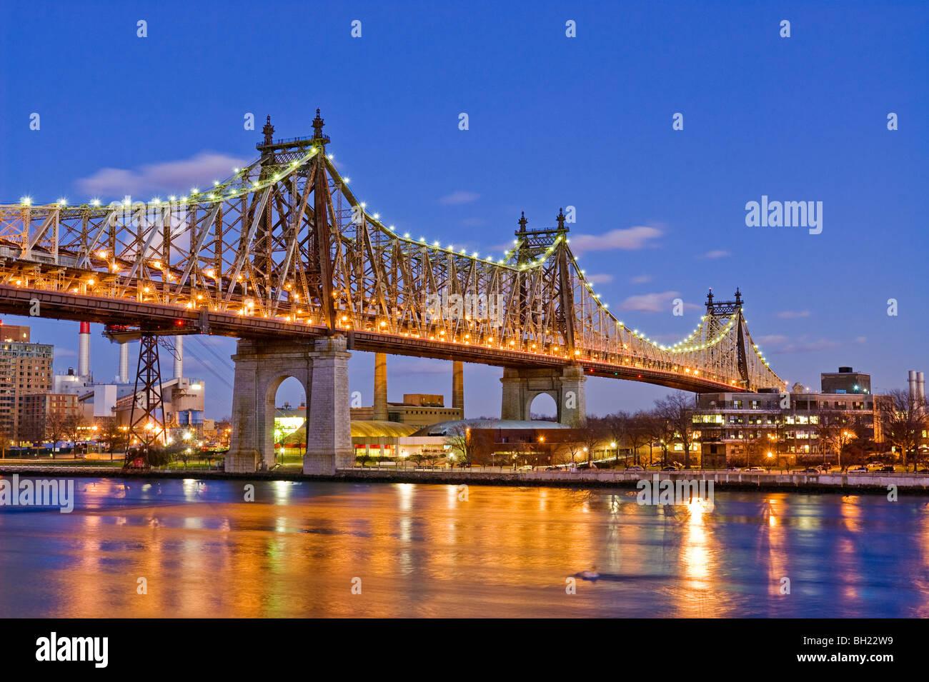Die 59th Street, Queensboro Bridge und dem East River, New York City. Stockbild