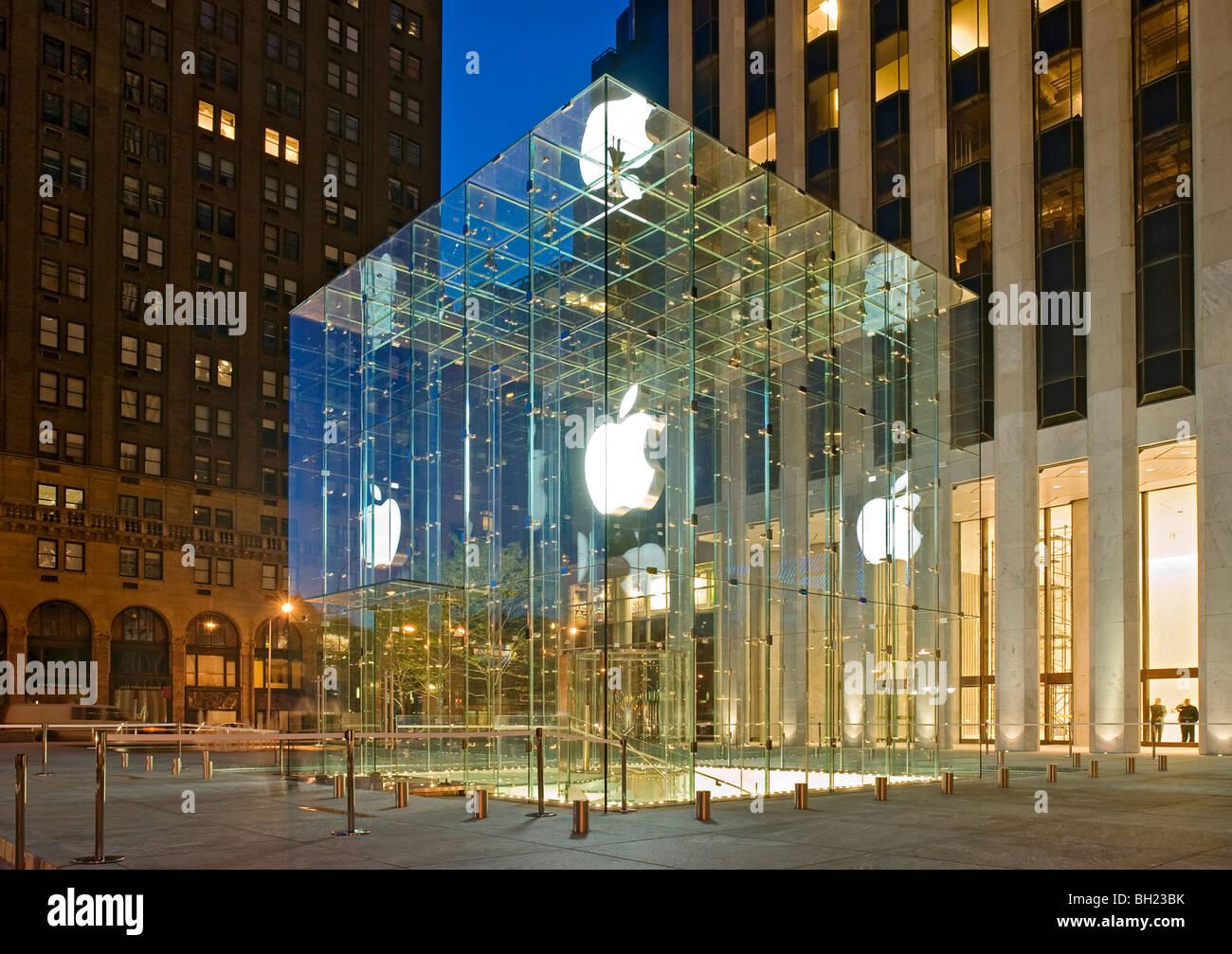 Apple Store, Fifth Avenue, New York City, New York. Stockbild