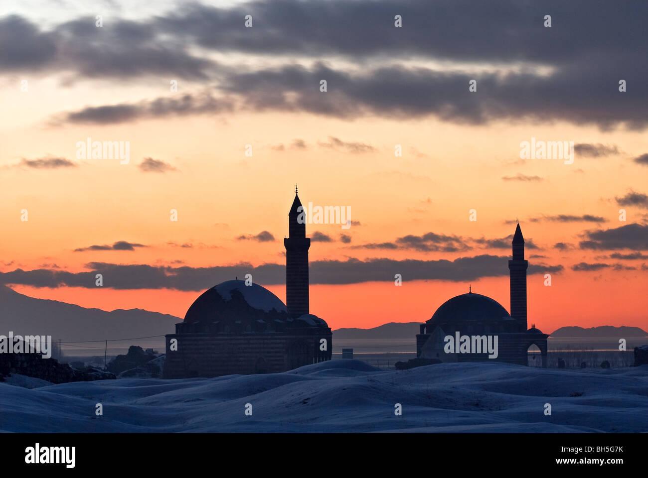 Sonnenuntergang-Szene und historischen Moscheen, Van, Türkei Stockbild