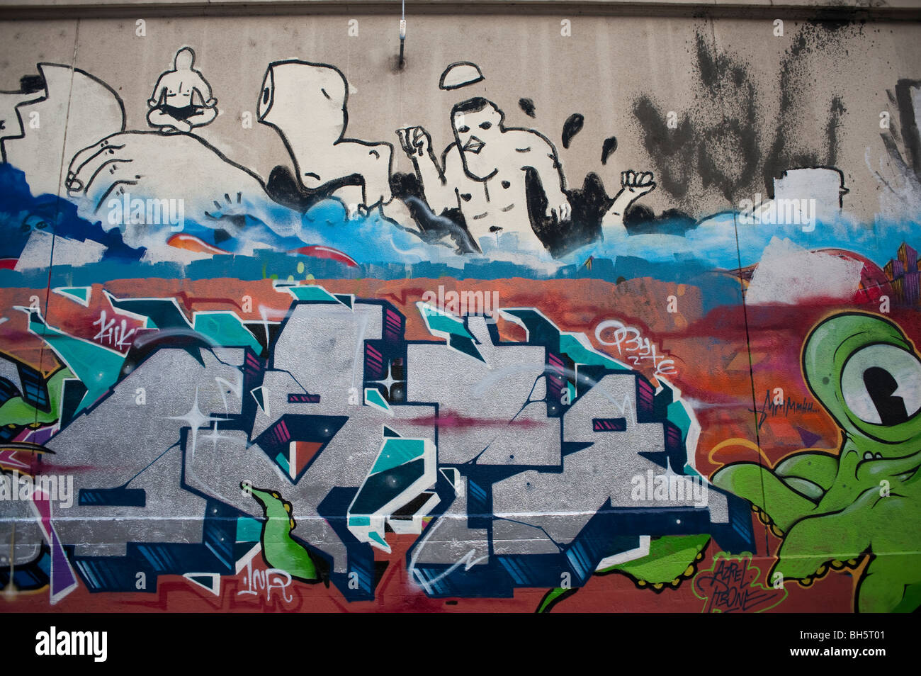 paris street art stockfotos paris street art bilder alamy. Black Bedroom Furniture Sets. Home Design Ideas