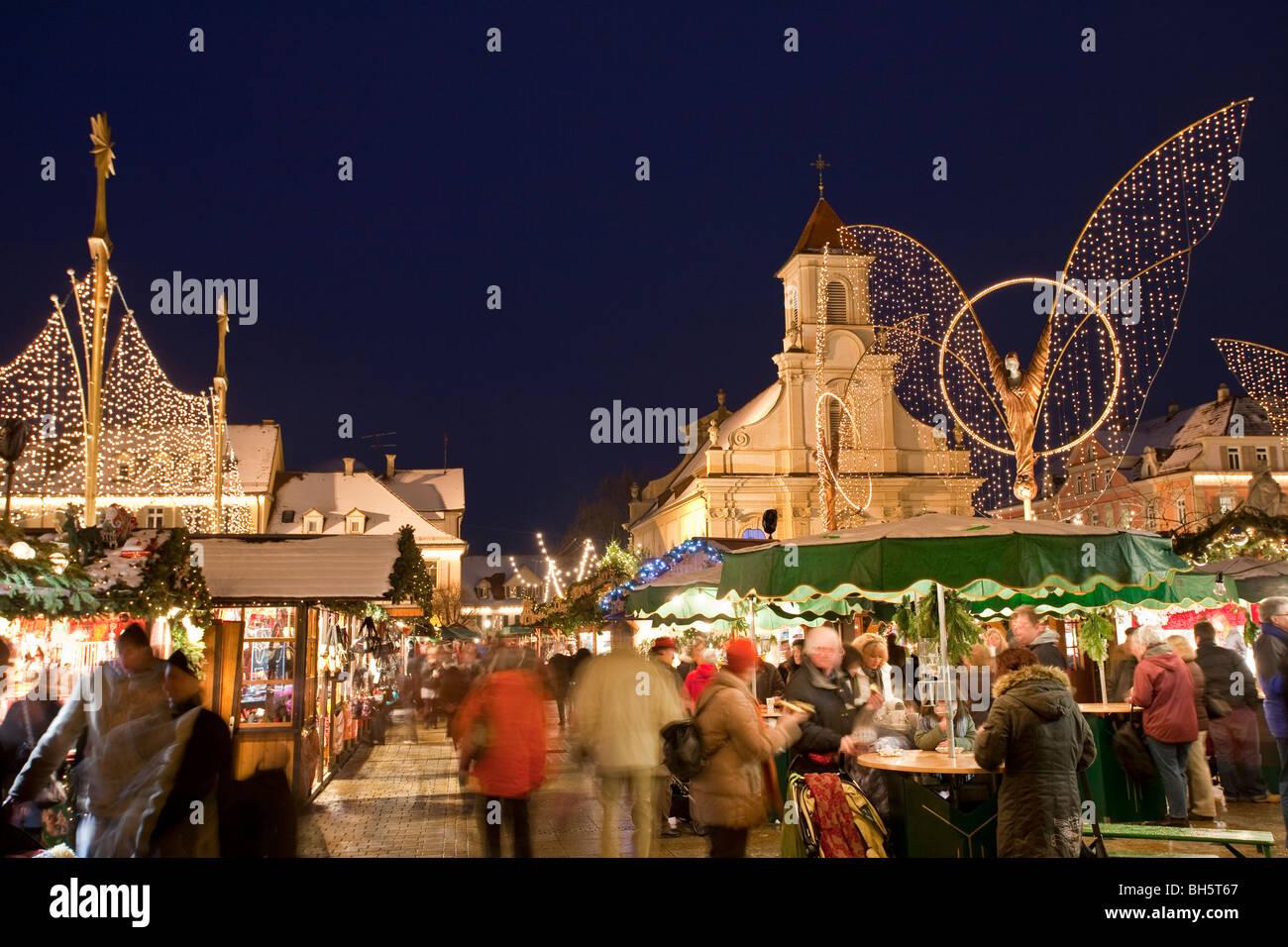 barock weihnachtsmarkt evangelischen pfarrkirche kirche ludwigsburg baden w rttemberg. Black Bedroom Furniture Sets. Home Design Ideas