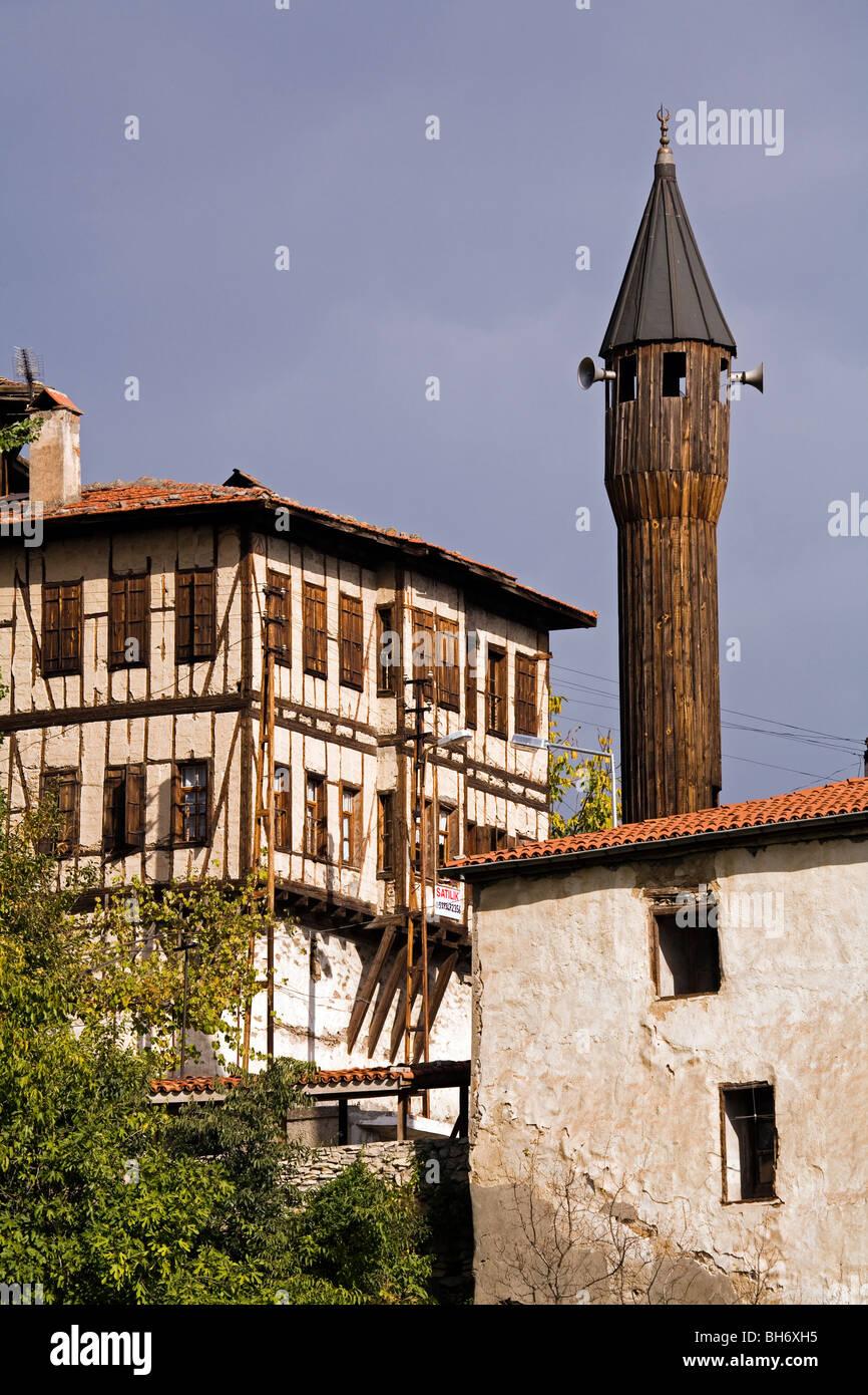 Moschee mit Minarett aus Holz, Safranbolu Türkei Stockbild