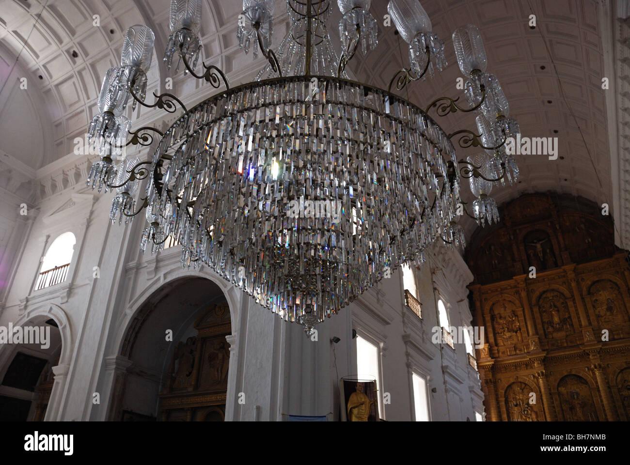 Kronleuchter in der Kirche von S. Franz von Assisi, Old Goa ...