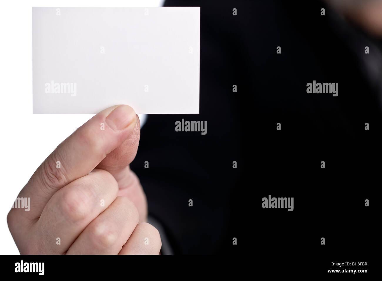 Mann zeigt seine Visitenkarte Stockbild