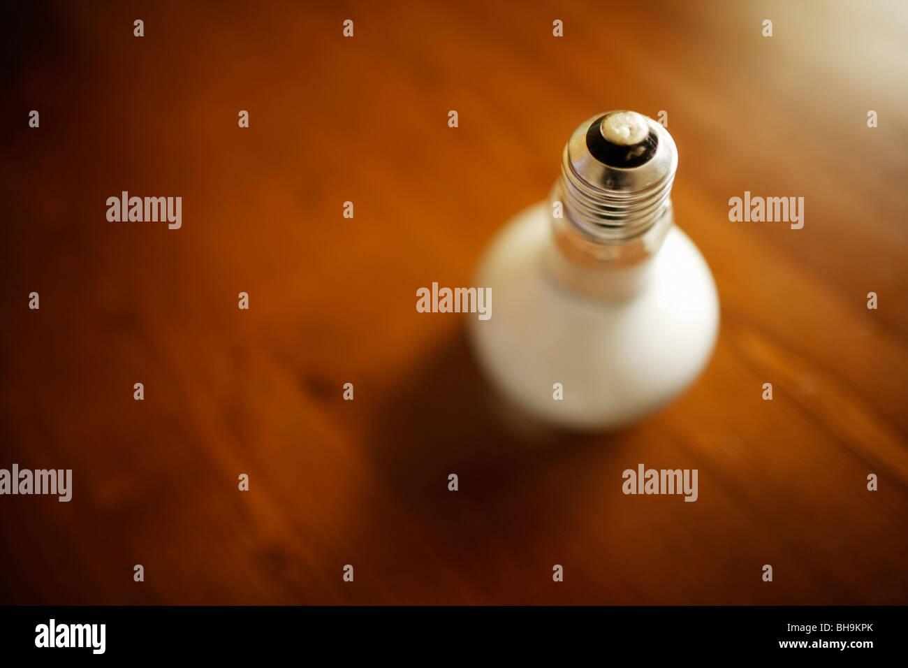 Schrauben passen Glühbirne Stockbild