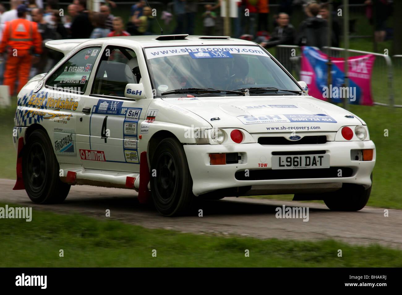D Everard Ford Escort Cosworth Rallye am Chatsworths Wertungsprüfung Stockbild