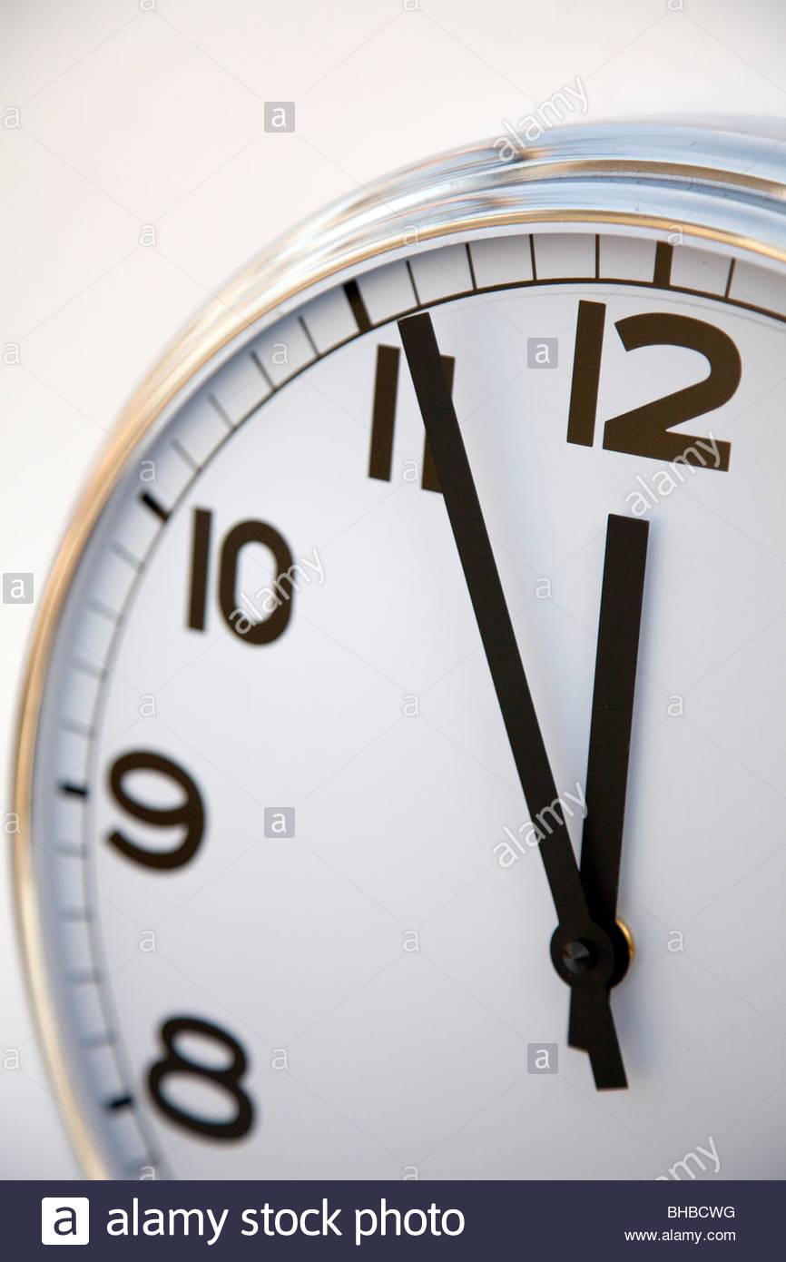 genaue Geschäft Uhr Termin Stunde Stunden Schlaflosigkeit Mittagessen Pause Mittagessen treffen Minute Minuten Stockbild