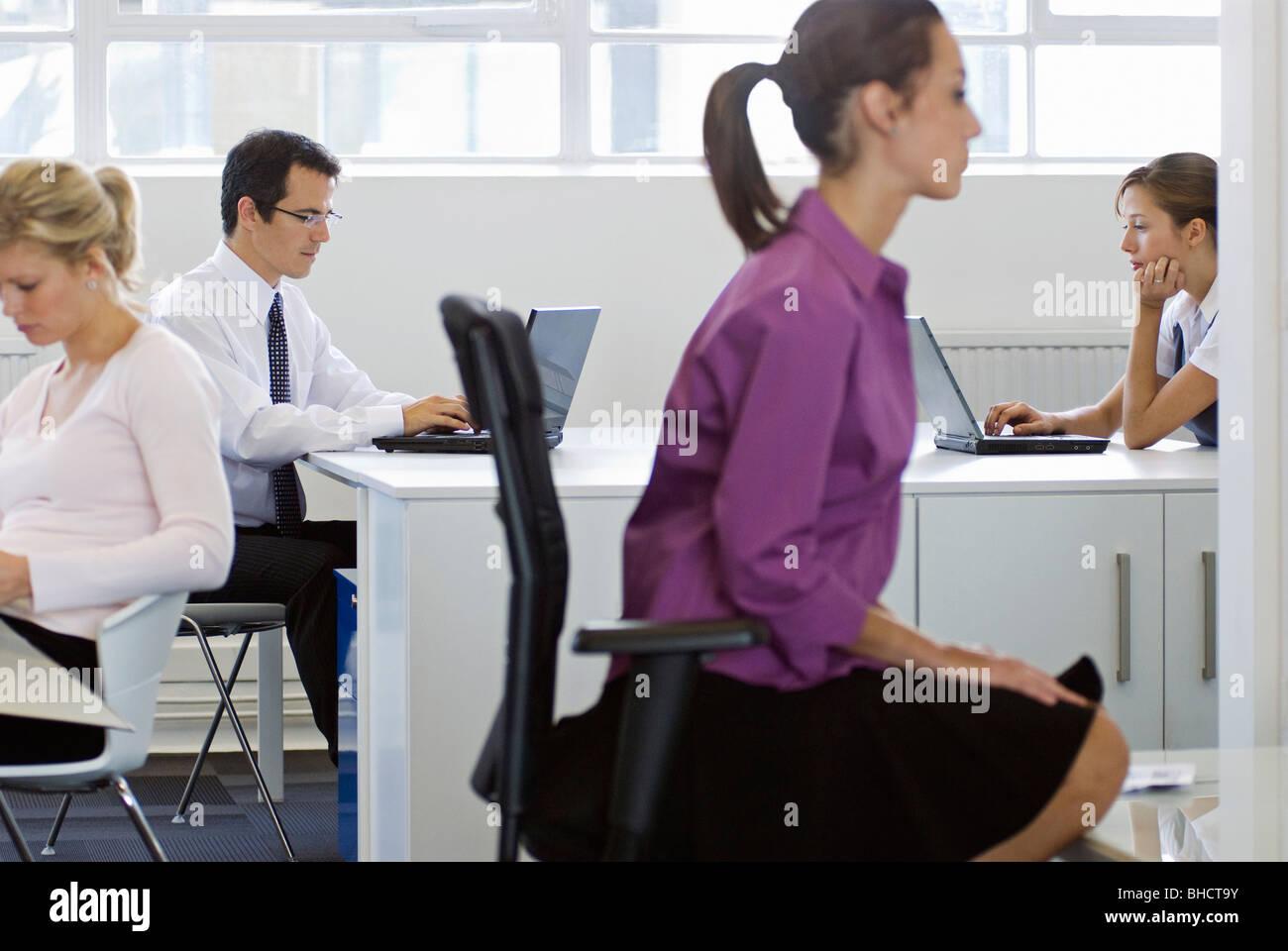 Eine funktionierende Büro Szene Stockbild