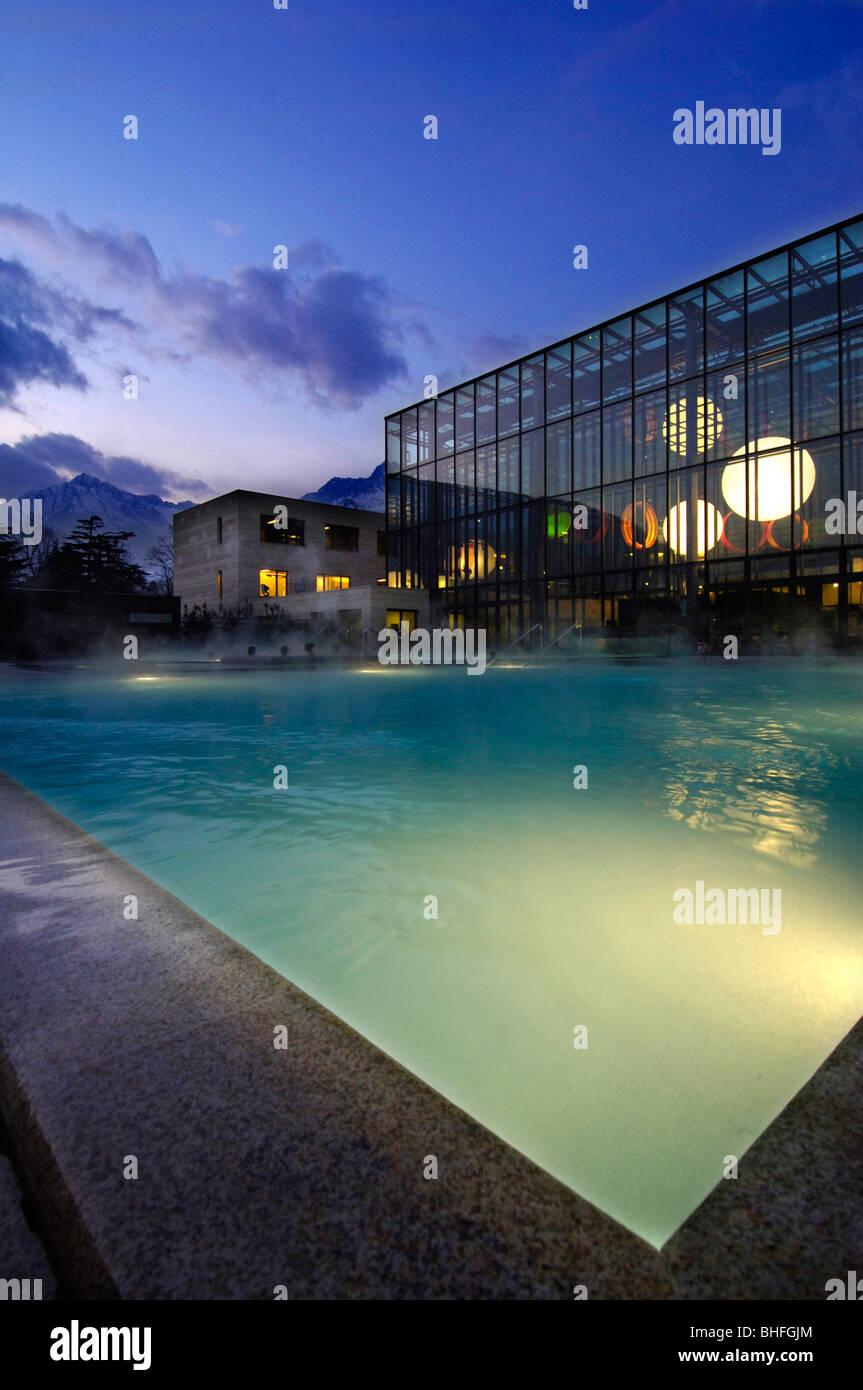 Verzauberkunst Pool Salzwasser Sammlung Von Freibad In Der Therme Meran, Salzwasser-pool Und