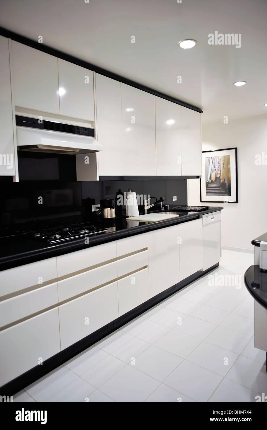 Modernen schwarz-weiß-Küche-Detail Stockfoto, Bild: 28104780 - Alamy