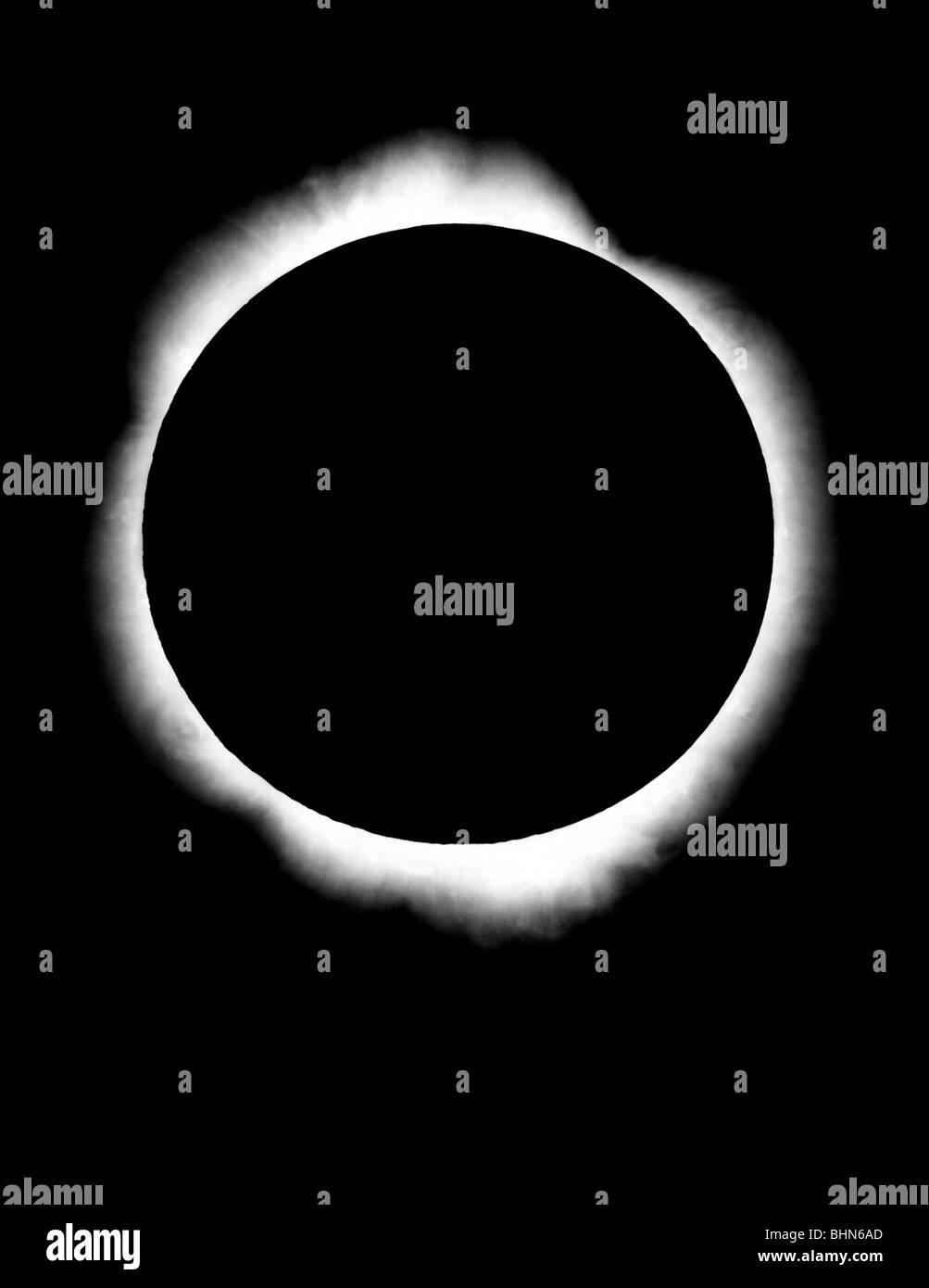Astronomie, totale Sonnenfinsternis Mond zwischen Sonne und Erde, Schatten, Corona, Licht, Krone, Naturwissenschaft, Stockbild