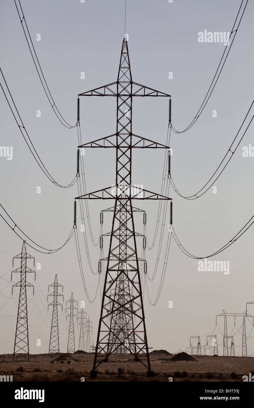 Power Supply Strommasten, Fayyoum, Ägypten Stockbild