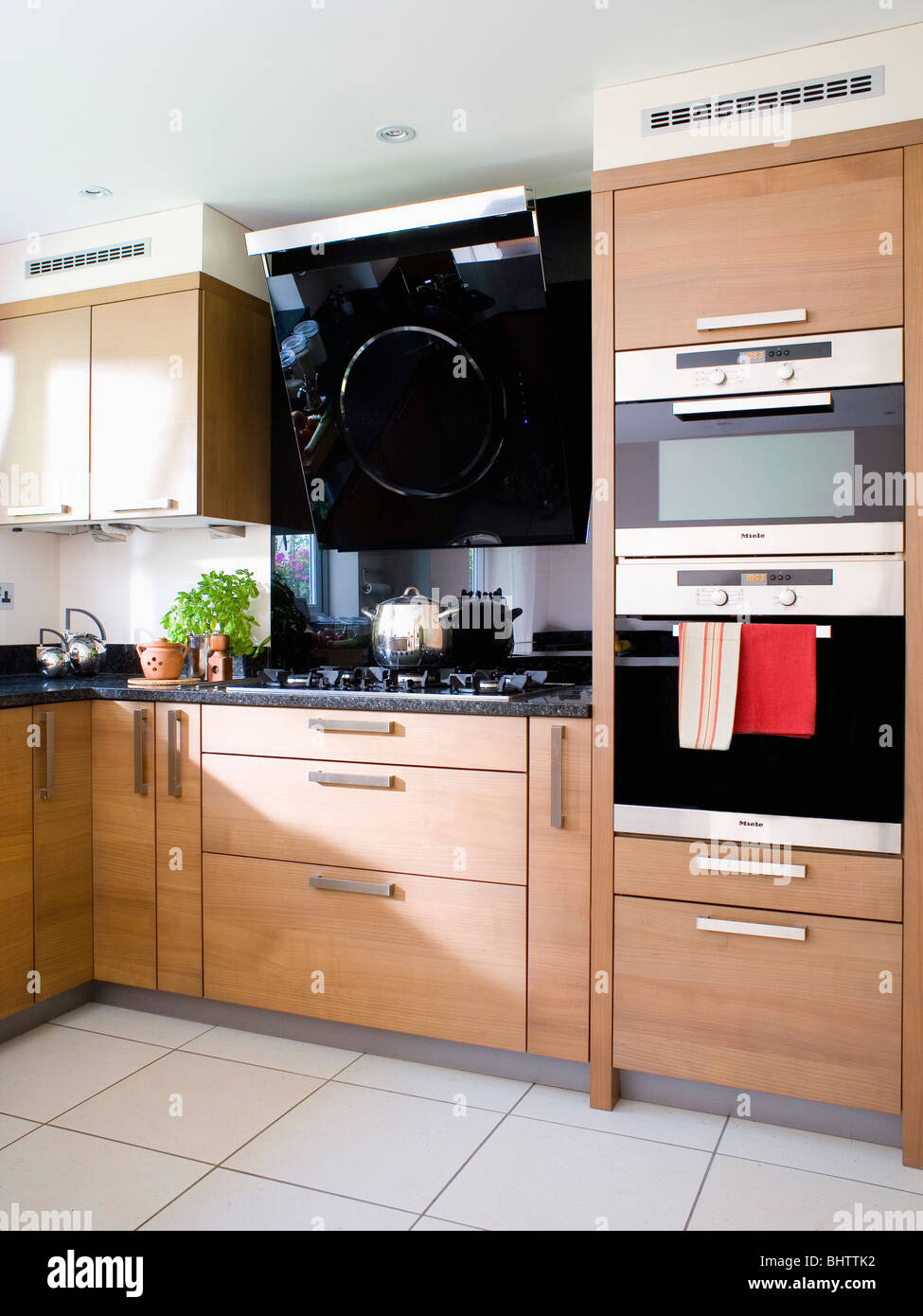 Appliance Neutral Oven Town Stockfotos & Appliance Neutral Oven Town ...