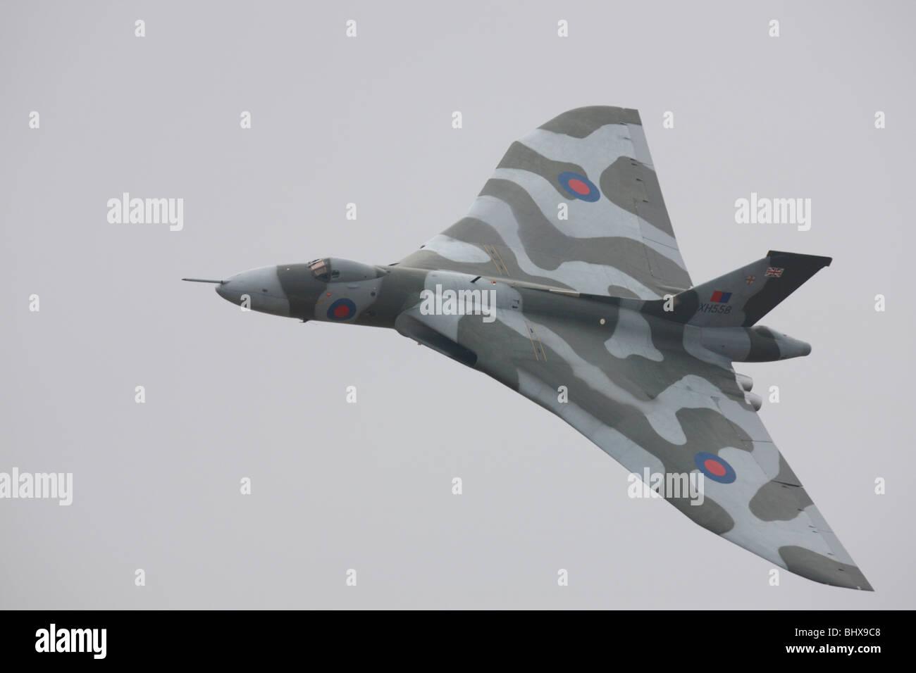 Vulcan-Bomber im Flug Stockbild