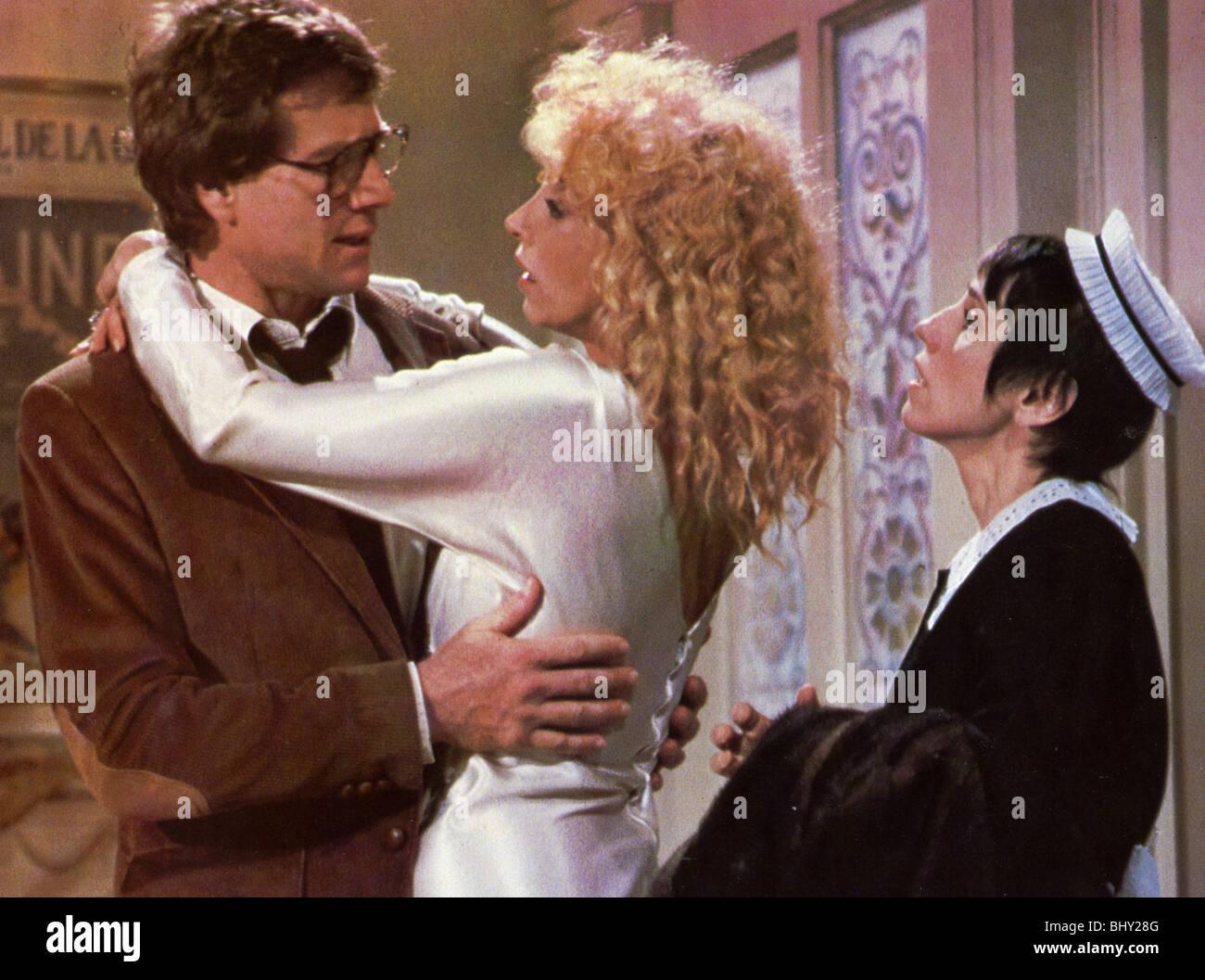 SO fein-1981 Warner Film mit Ryan O'Neal und Mariangela Melato auf der linken Seite Stockbild