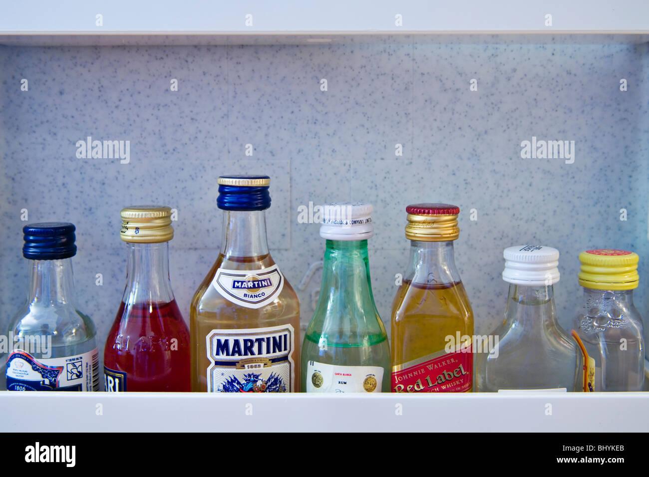 Minibar Kühlschrank Real : Minibar stockfotos minibar bilder alamy