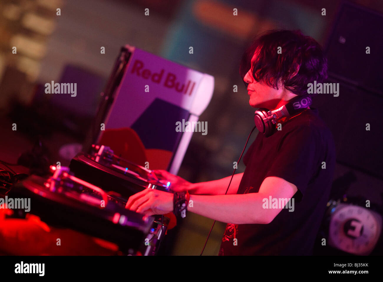 DJ Luke Slater, Winter World 2010, Techno-Festival in Sport Halle Oberwerth, Koblenz, Rheinland-Pfalz, Deutschland, Stockbild