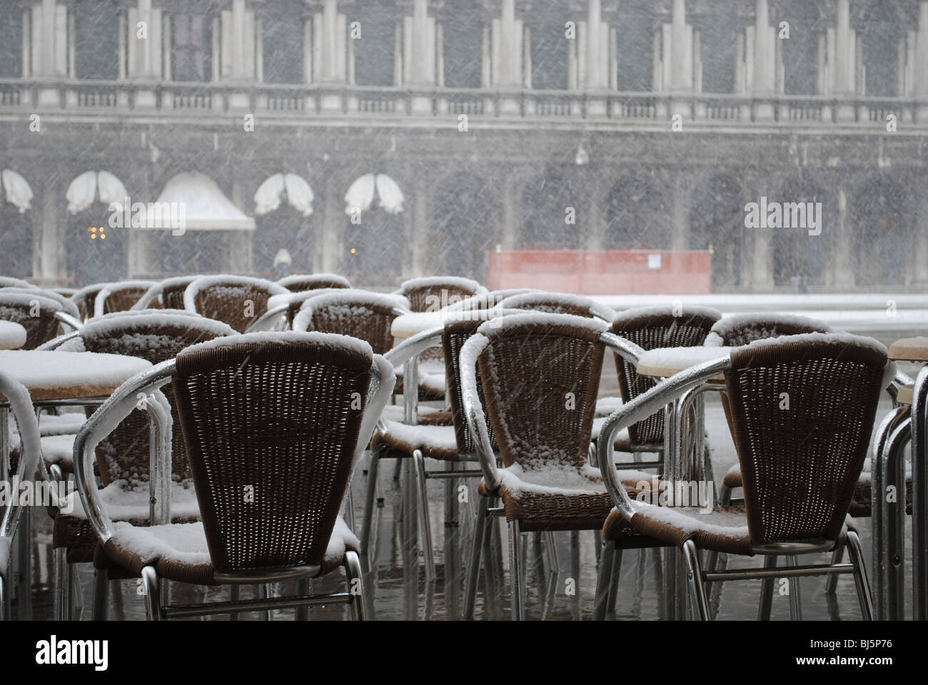 snow white cafe stockfotos snow white cafe bilder alamy. Black Bedroom Furniture Sets. Home Design Ideas
