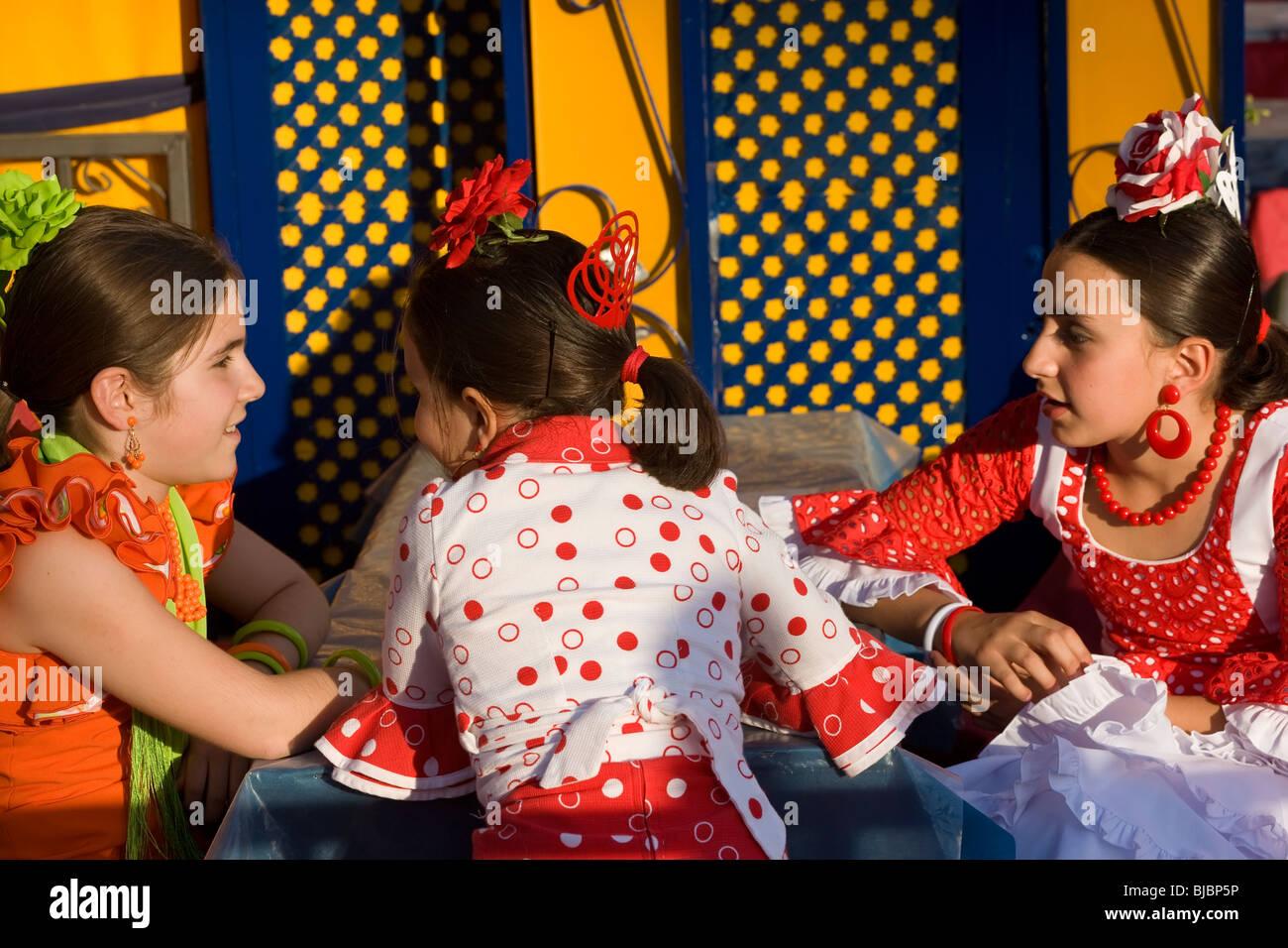 Junge Mädchen in Tracht, Jerez Da La Frontera, Andalusien, Spanien Stockbild