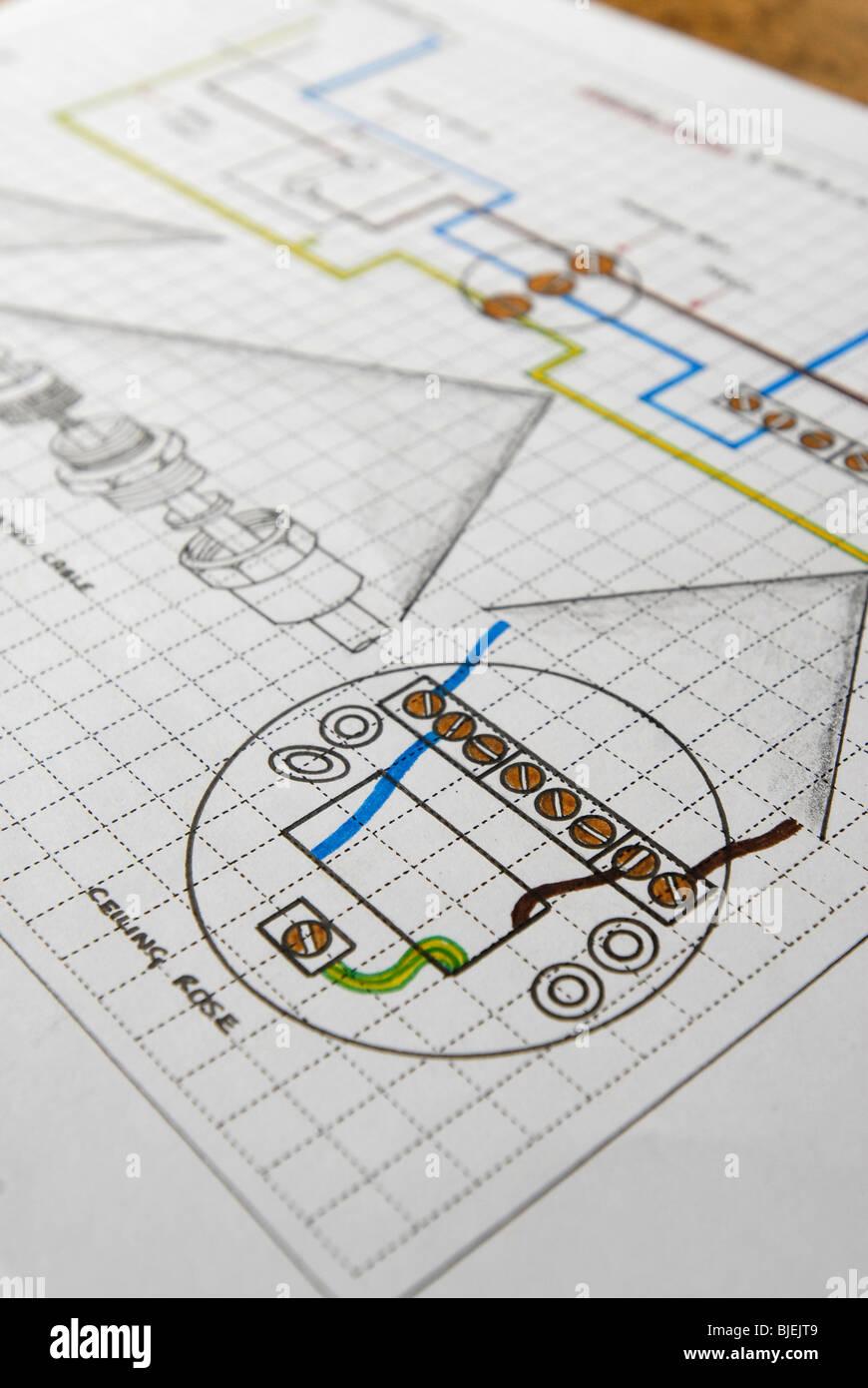 Atemberaubend Schaltplan Der Elektrischen Decke Bilder - Elektrische ...