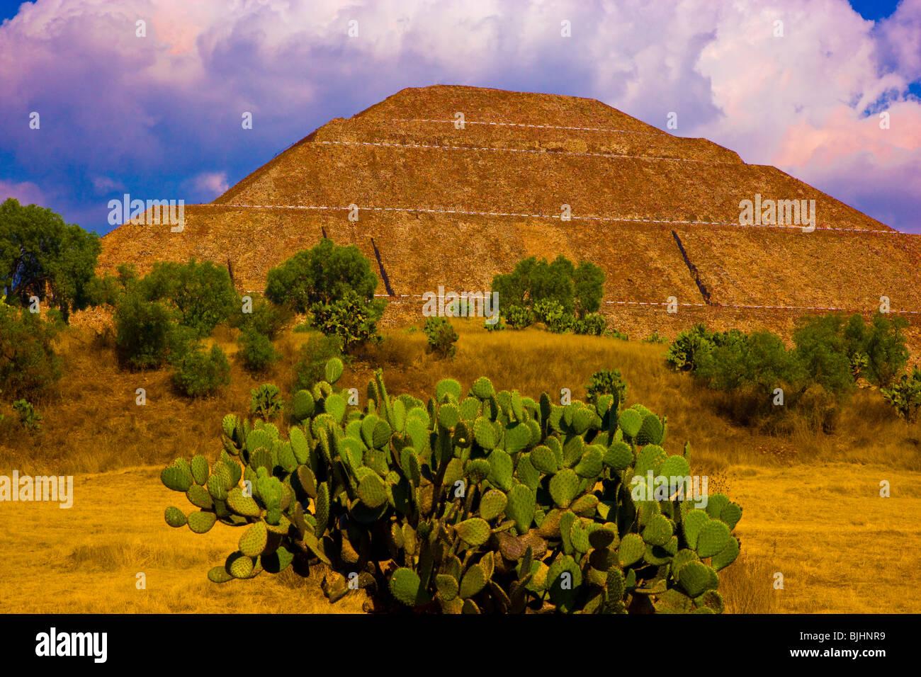 Tempel der Sonne, Teotihuacan, Pyramide, Mexiko, über 70 Meter hoch, weltweit größte Pyramide, aztekischen Stockbild