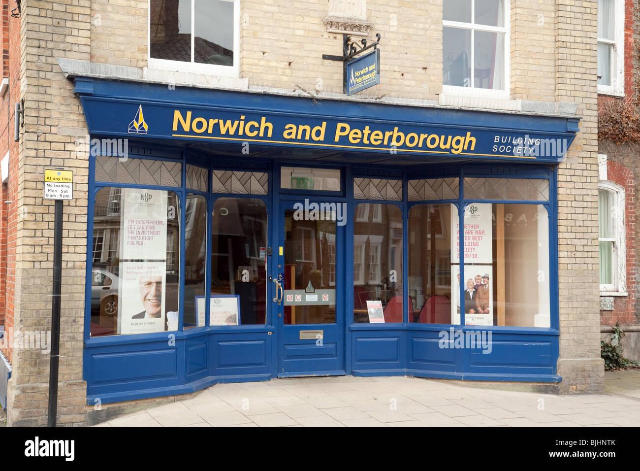 Die Norwich und Peterborough Bausparkasse, Filiale Southwold, Suffolk, UK Stockbild