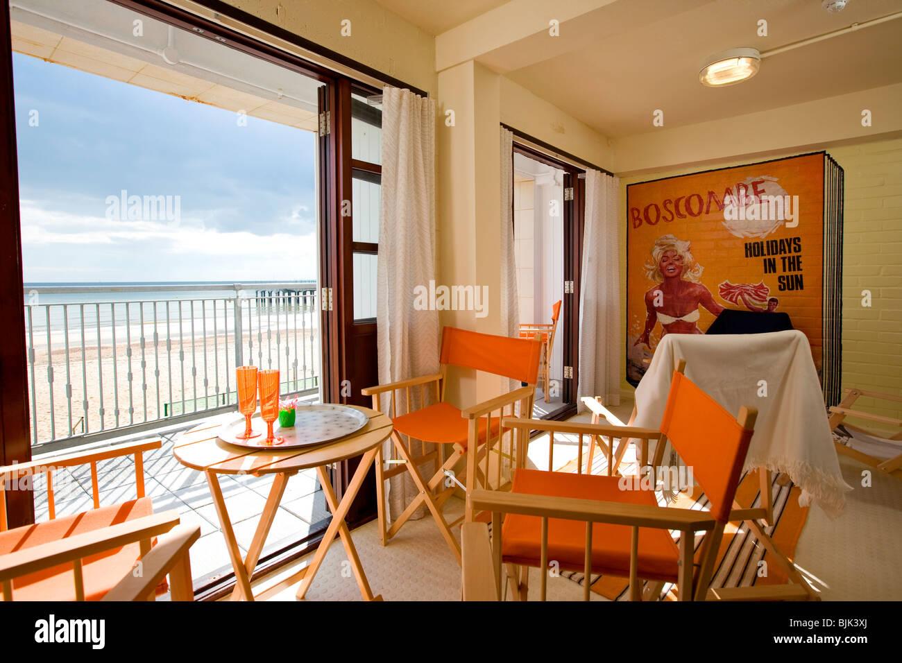 Strand-Pod Interieur, zeitgenössische Urlaub Strand Hütte, entworfen ...