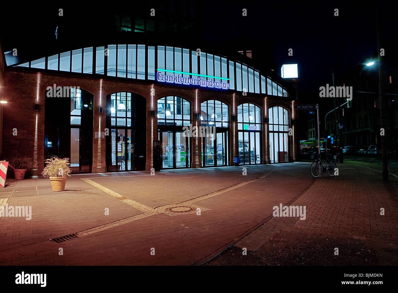 Verlag und Redaktion der Frankfurter Rundschau Zeitung, Depot Sachsenhausen in der südlichen Bahn stat. Stockbild
