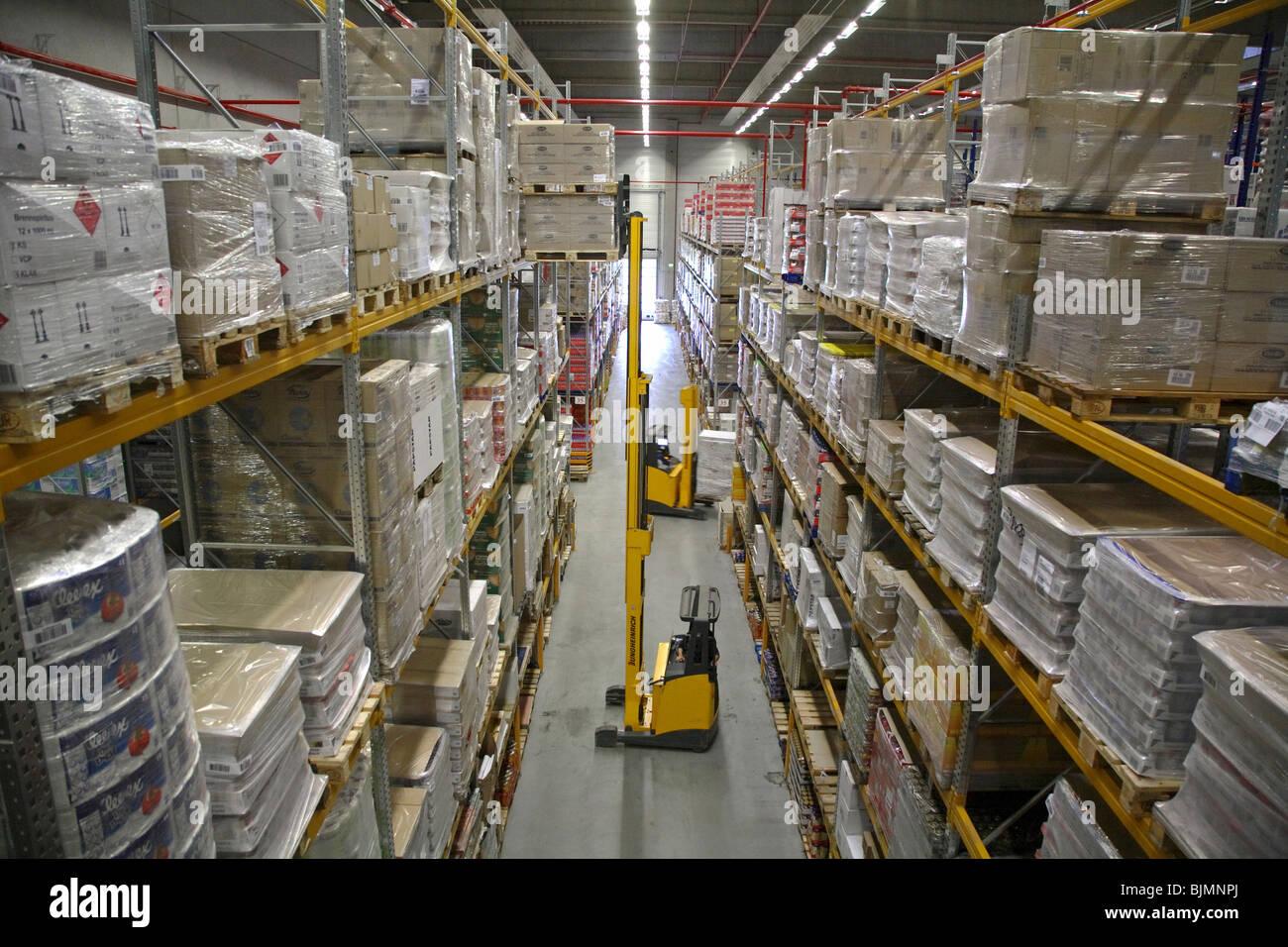 hamm hochregallager der logistik firma edeka deutschland stockfoto bild 28730314 alamy. Black Bedroom Furniture Sets. Home Design Ideas