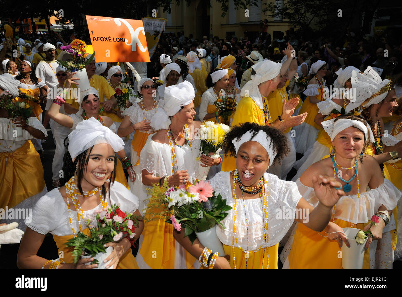 Karneval der Kulturen, Karneval der Kulturen, Berlin, Kreuzberg-Bezirk, Deutschland, Europa Stockbild