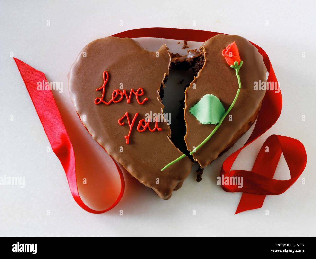 Gebrochenes Herz Kuchen Liebe Gebrochen Stockfoto Bild 28785095