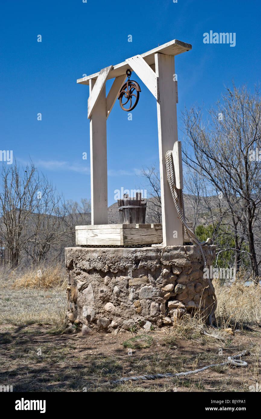 """""""Billy the Kid"""" kann seinen Durst an dieses alte Wasser gut in den wilden Westen Lincoln, New Mexico gefunden Stockbild"""