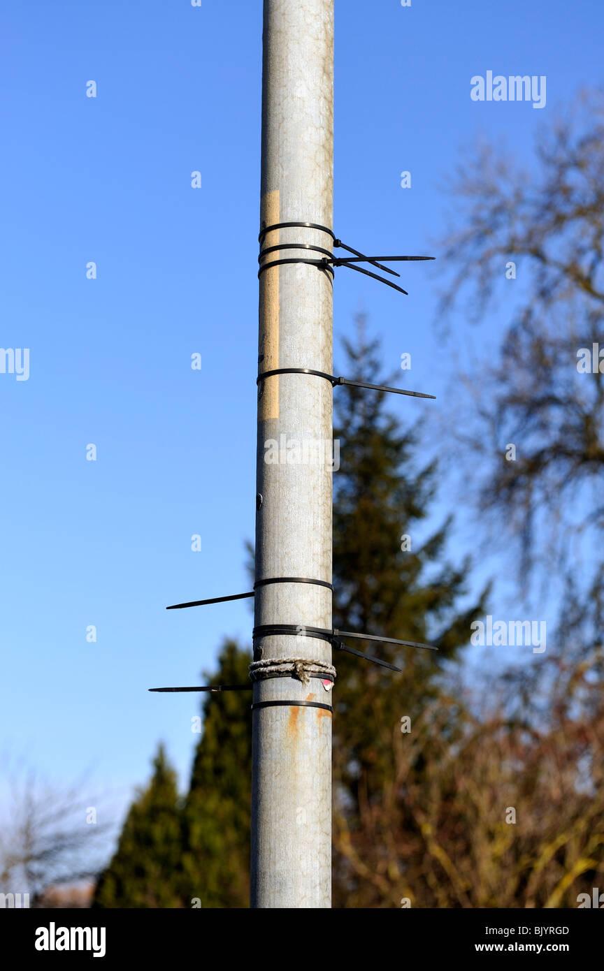 Charmant Ballenpresse Kabelbinder Zeitgenössisch - Schaltplan Serie ...