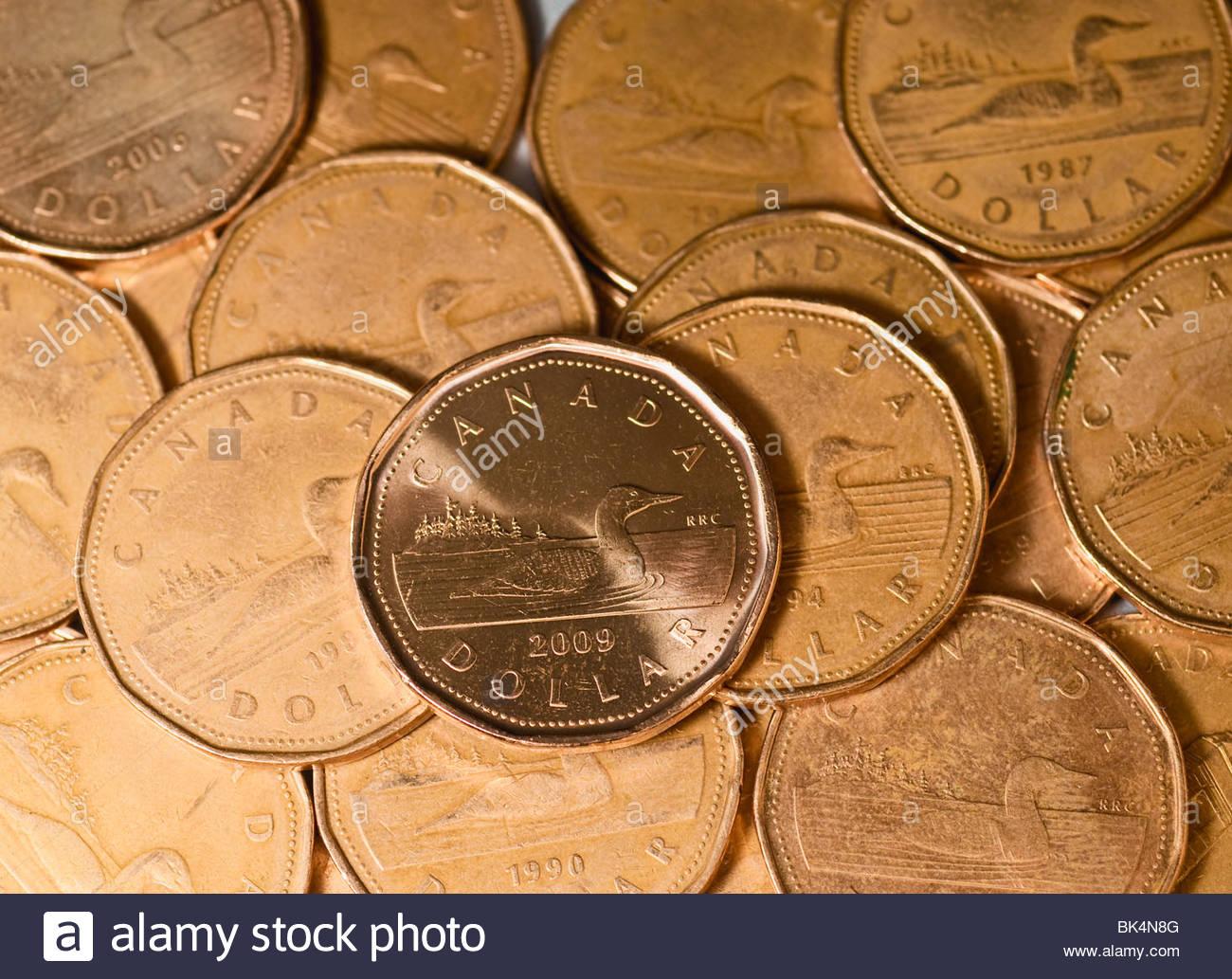 Kanadischer Dollar Münzen Stockfoto Bild 28993344 Alamy