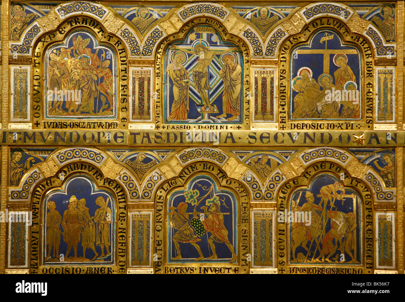 Verdun-Altar, Bildmaterial ergänzt durch Nikolaus von Verdun im Jahre 1811, Klosterneuburg, Österreich, Stockbild