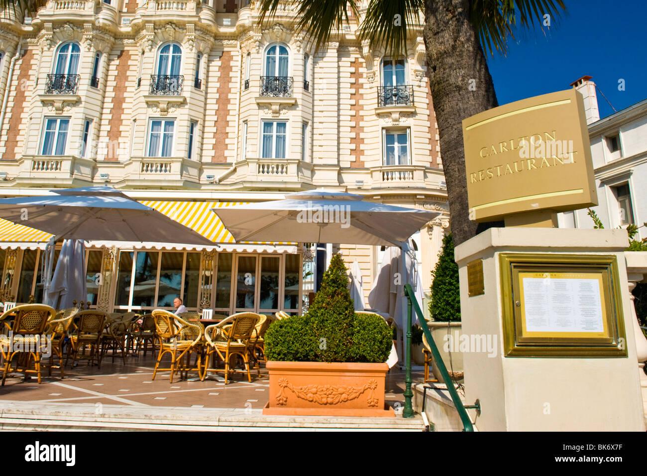 cannes boulevard de la croisette terrasse restaurant men zeichen von luxus carlton inter. Black Bedroom Furniture Sets. Home Design Ideas
