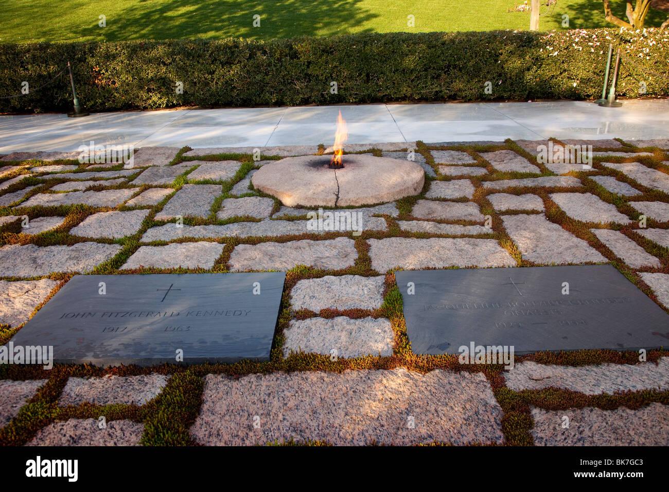 Grabstätte Von Präsident John F Kennedy Und Seine Frau Jacqueline