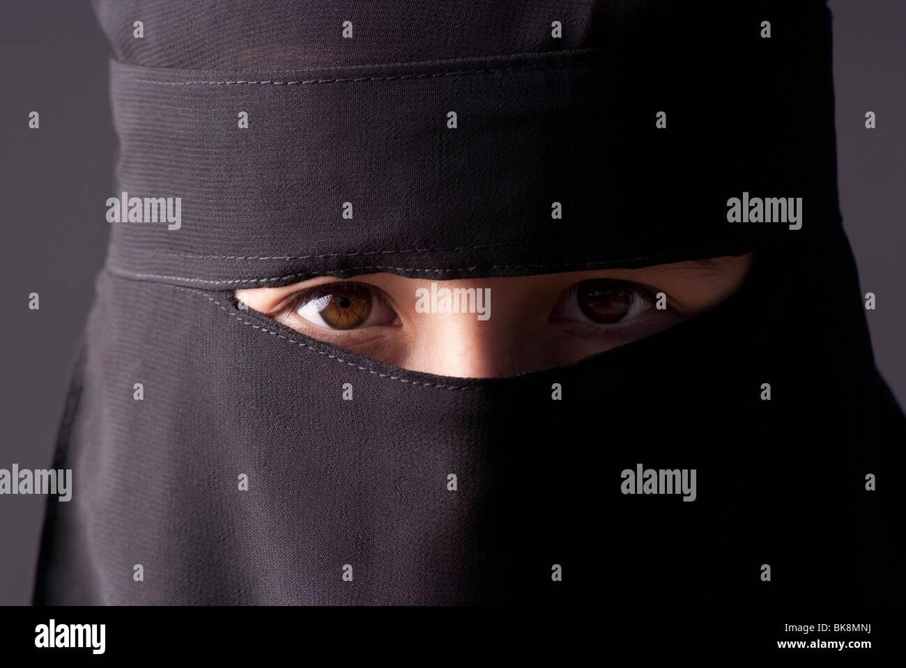 Looking for guy voyeur milf schön jiggly arsch spion 69 wide open and