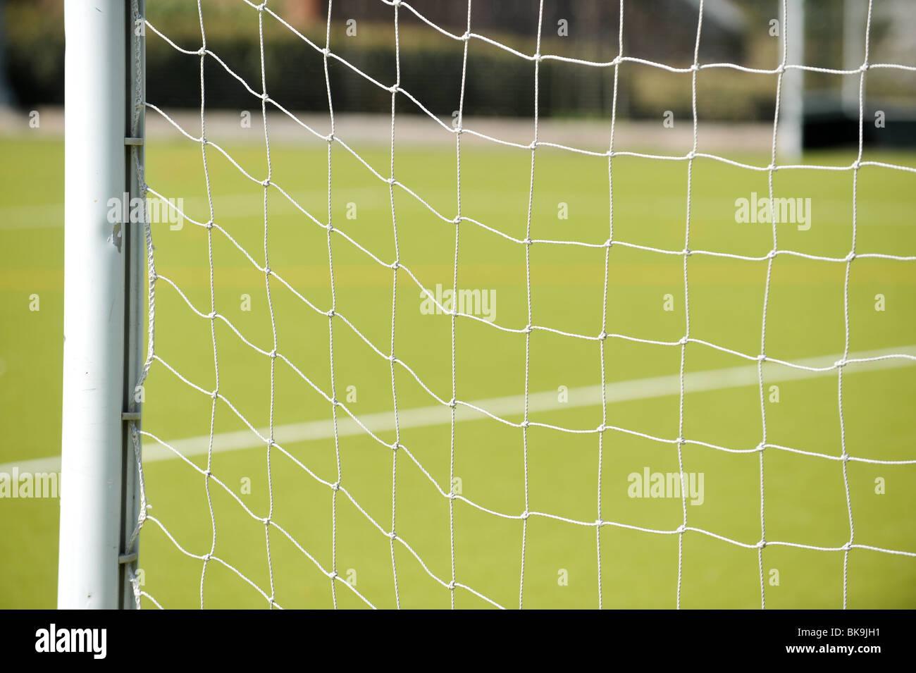 Eine Nahaufnahme Von Einem Fussballtor Mit Grunen Rasen