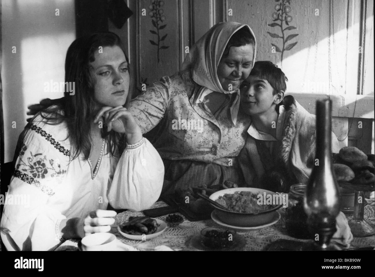Detskiy trauriges Jahr: 1983 Direktor: Jewgeni Jewtuschenko Galina Stakhanova, Sergei Gusak Stockbild