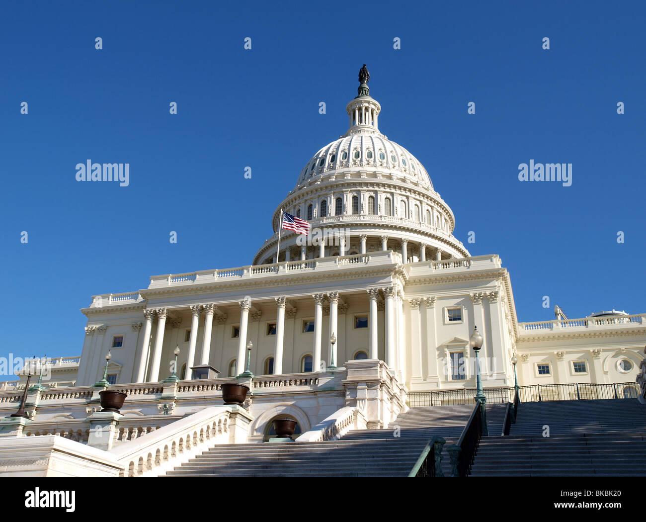 Sonnigen Morgen in die Vereinigten Staaten Kapitol in Washington DC. Stockbild
